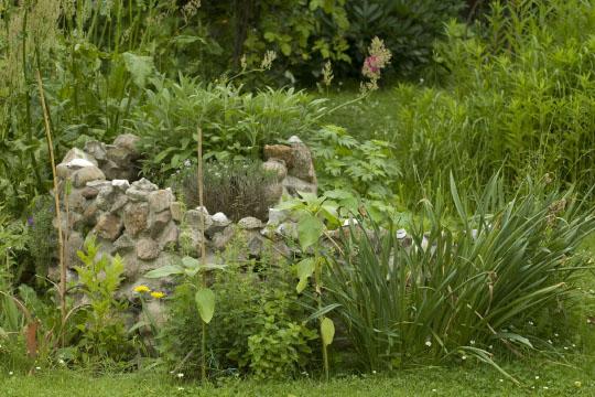 staudenkulturen stade kraeuterspirale richtig bepflanzen. Black Bedroom Furniture Sets. Home Design Ideas